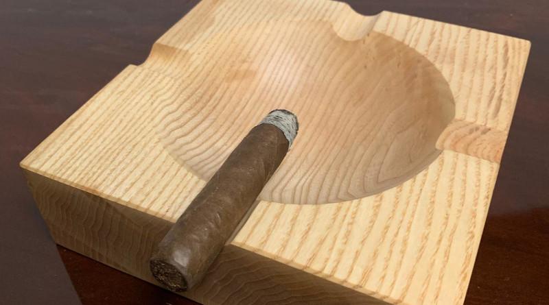 Gewinnspiel: Handcrafted Cigarrenascher von Meister Langhoff zu gewinnen