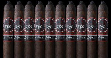 Royal Agio Cigars ist mit der Sieger-Cigarre (CigarTrophy) im Handel und bei den Cigarrenfreunden gelandet