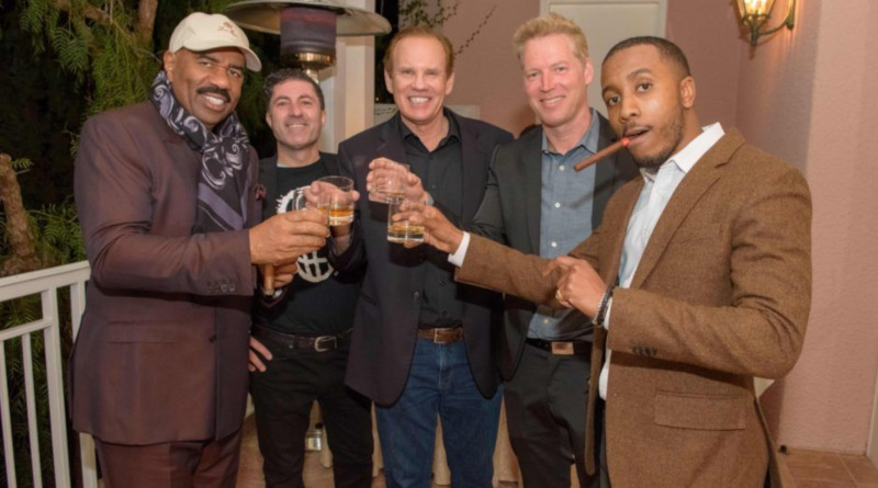 Perfektes Pairing: Marshall meets Schwarzenegger