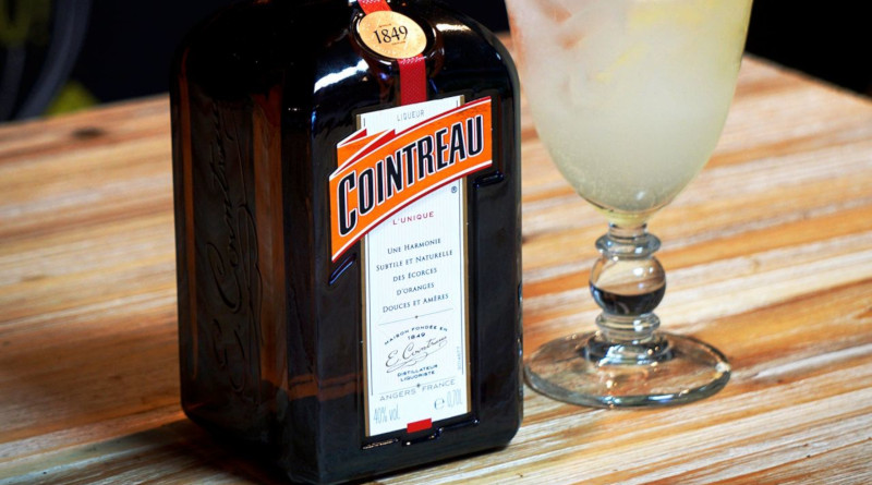 COINTREAU: The Art of the Mix