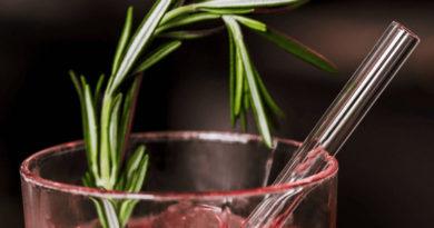 Hygienisch und ohne schädliche Stoffe: Nachhaltige Glas-Trinkhalme