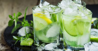 Wie die Brasilianer ihren Caipirinha wirklich trinken…