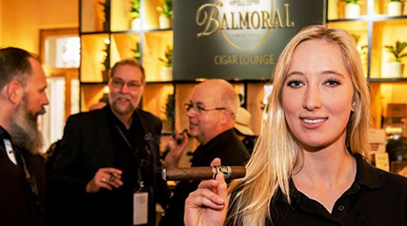 Wo Genießer auf Genuss treffen / Den Erlebnis toppen: Die Balmoral Lounge besuchen