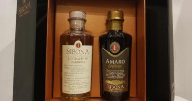 Grappa di Barolo und Amaro von Sibona in Geschenkpackung