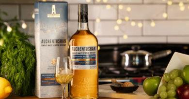 Auchentoshan Sauvignon Blanc, der Whisky der mit dem Wein tanzt