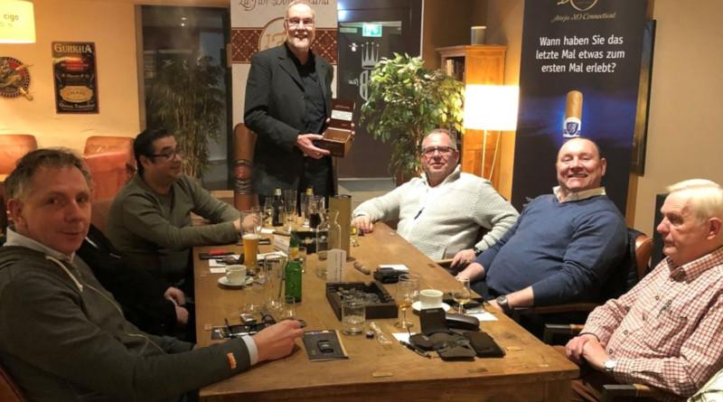 "Balmoral war mal wieder im ""Whisky & Cigar Salon"" in Gronau"