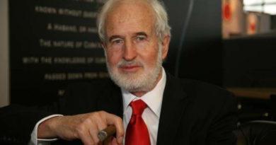 Heinrich Villiger erhält Auszeichnung für sein Lebenswerk